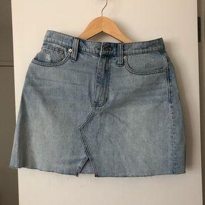 Brand new Madewell denim skirt NWT size 28